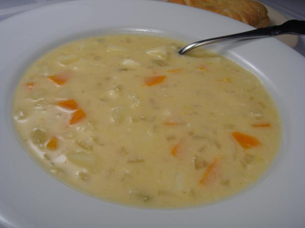 Wi Beer Cheese Soup. Photo by Lori Mama