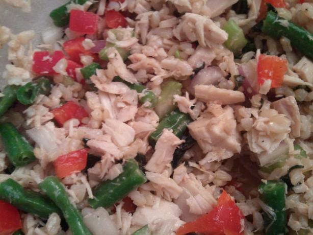 Mediterranean Tuna Salad. Photo by DellaRun