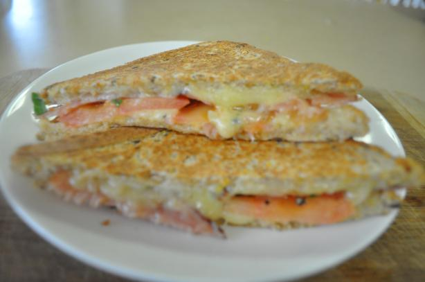 Grilled Cheddar, Tomato And Bacon Sandwiches Recipe - Food.com