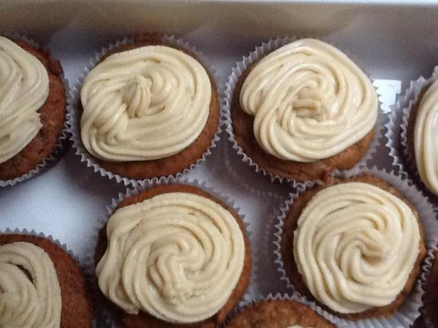 Sticky Date Cupcakes With Caramel Icing Recipe - Australian.Food.com