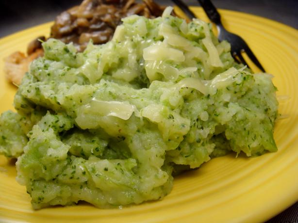 Broccoli and Cheese Smashed Potatoes Recipe from Cooklime, ingredients ...