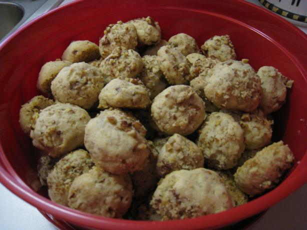 Pecan Butter Balls. Photo by CabinKat