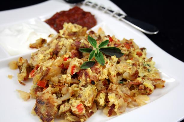 Sun-Dried Tomato And Roasted Garlic Skillet Breakfast Recipe - Food ...