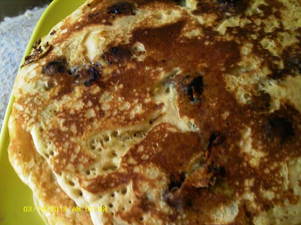 Dee's Blueberry Oatmeal Wheat Pancakes. Photo by Dienia B.