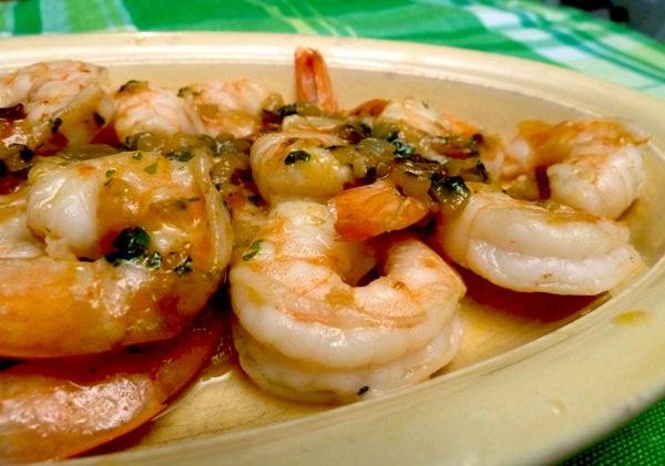 Camarones Borrachos (Drunken Shrimp). Photo by momaphet