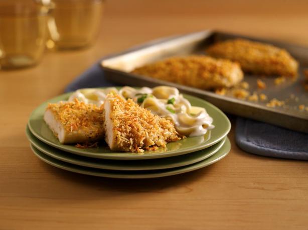 Crispy Garlic-Parmesan Chicken. Photo by Progresso Recipe Starters