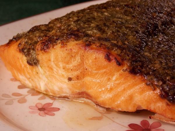 Pesto Grilled Salmon. Photo by Lavender Lynn