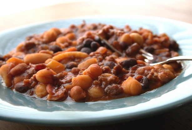 Crock Pot Baked Beans Bananza. Photo by Cookin-jo