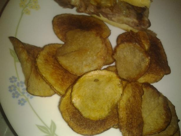 Barbecue Sweet Potato Chips. Photo by rosie316