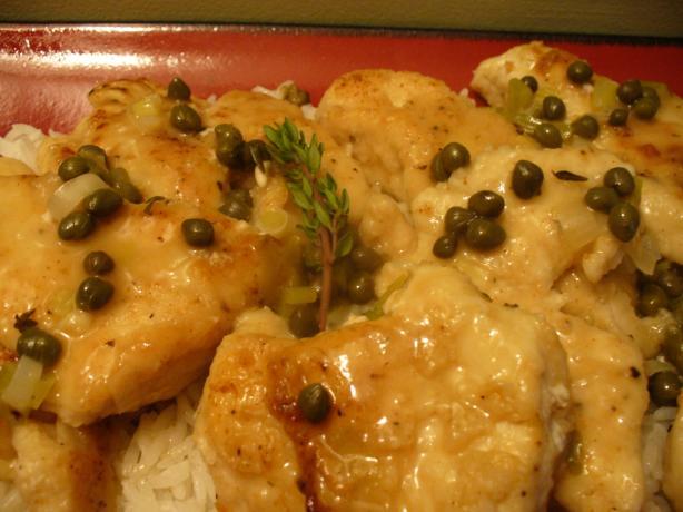 Chicken in White Wine Sauce. Photo by IngridH