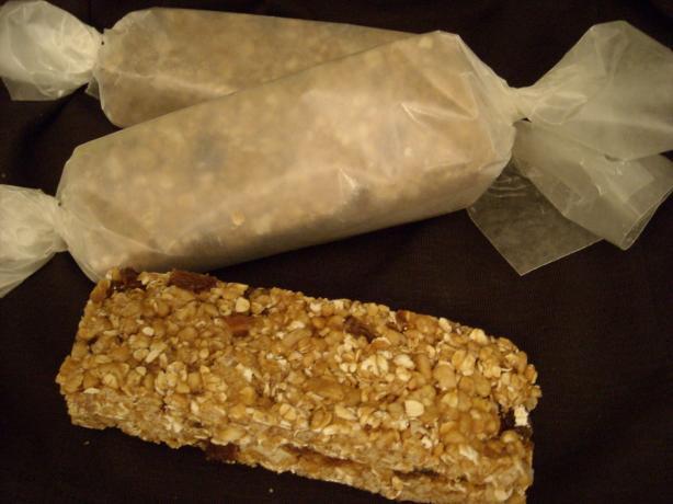 No-Bake Granola Bars. Photo by mums the word