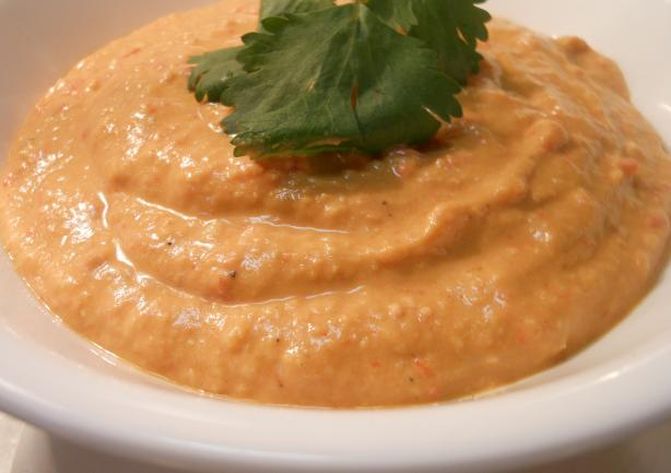 A Low-Fat No Tahini Recipe for Hummus Made With