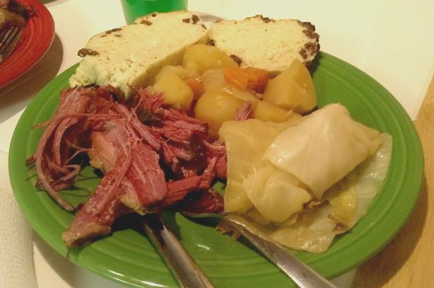how to cook corned beef in crock pot