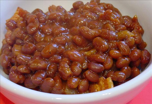 Quick Baked Beans with Bacon. Photo by Sharlene~W