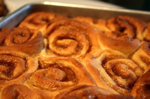Honey Cinnamon Buns With Cream Cheese Frosting. Photo by lilsweetie
