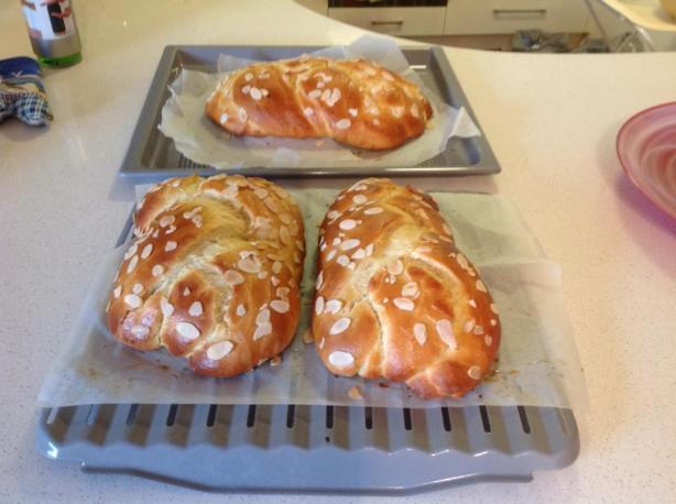 Tsoureki Greek Easter Sweet Bread) Recipe - Food.com