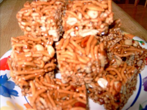 La Choy Honey Nut Crunch Bars. Photo by mary winecoff
